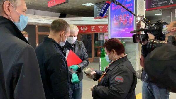 Министр транспорта проверил готовность вокзалов к новым условиям из-за COVID-19