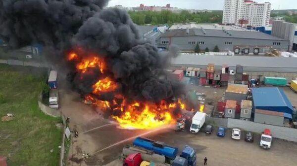 Кадры пожара в Дзержинском
