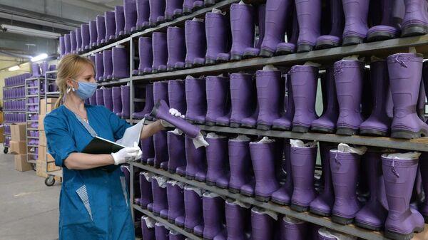 Готовая продукция обувной фирмы