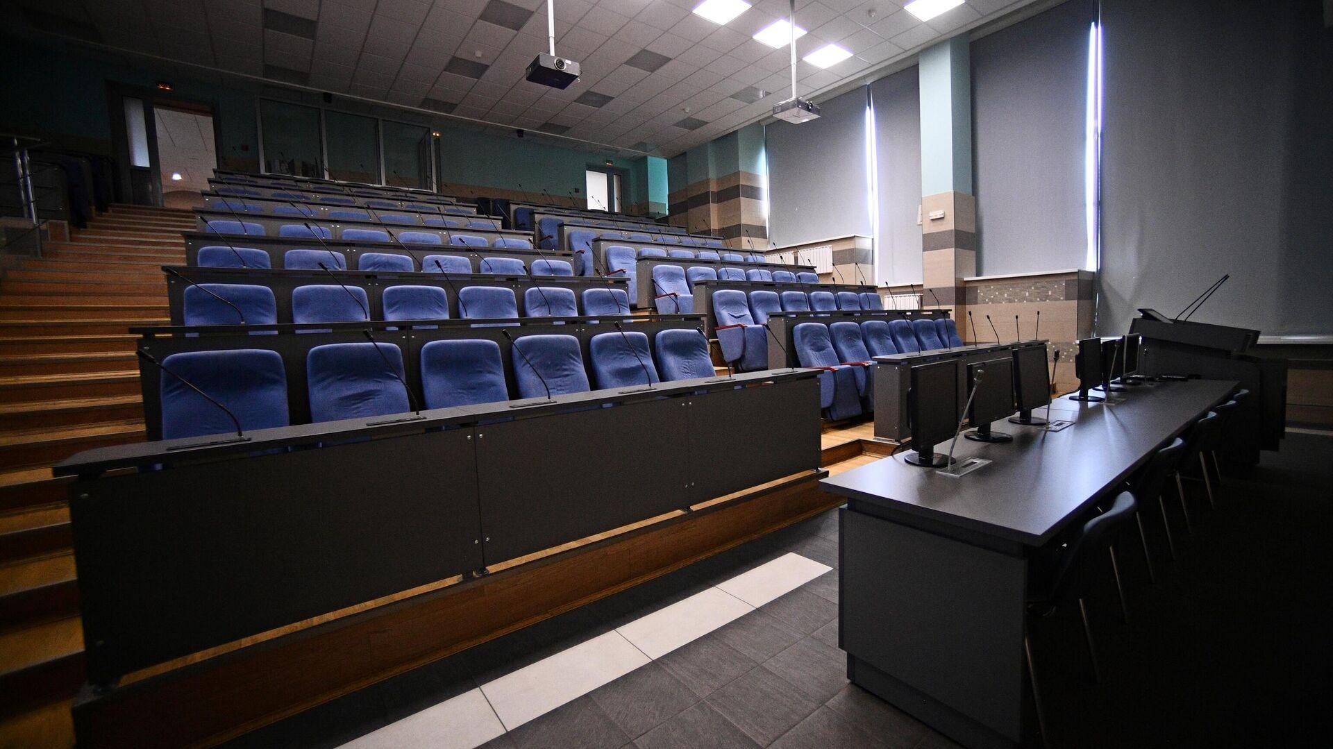 Пустая аудитория Национального исследовательского технологического университета МИСиС - РИА Новости, 1920, 28.12.2020