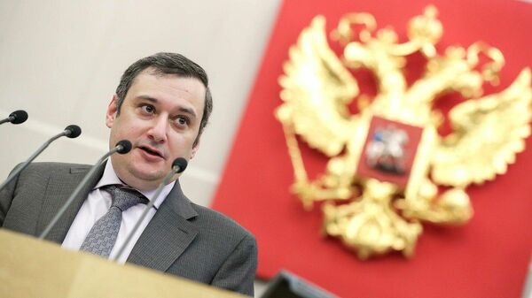 Хинштейн прокомментировал потасовку в Саратовской областной думе
