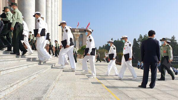 Участники сессии Всекитайского собрания народных представителей 13-го созыва в Пекине