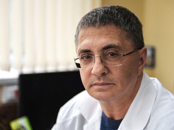Доктор Мясников назвал опасные лекарства - РИА Новости, 26.06.2020