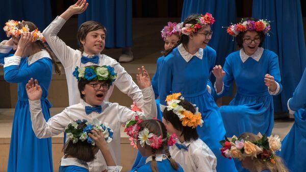 Старший хор Весна исполняет русскую народную песню На горе то калина в концертном зале Зарядье 18 января 2019 года