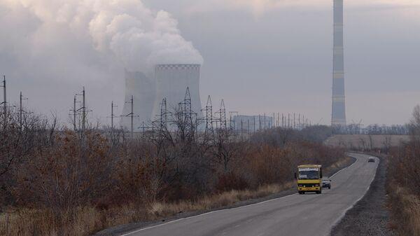 Зуевская ТЭС на востоке Украины. Архивное фото