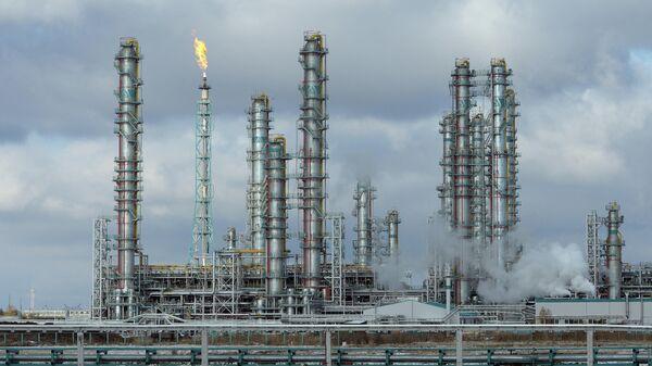 Предприятие по переработке углеводородного сырья