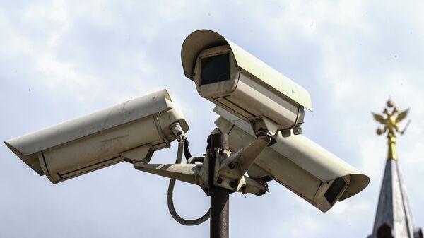 Камеры видеонаблюдения на Манежной площади в Москве