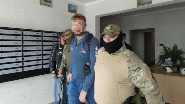 Задержание сотрудниками ФСБ РФ лиц, причастных к противоправной деятельности по восстановлению боевых свойств гражданских образцов оружия и изготовлению боеприпасов