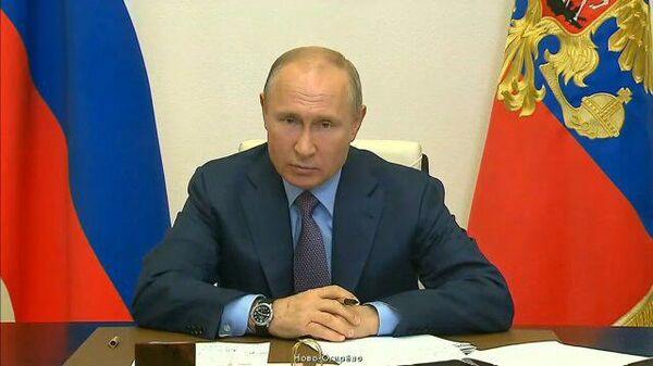 У вас все в порядке со здоровьем?: Путин отчитал губернатора за аварию в Норильске