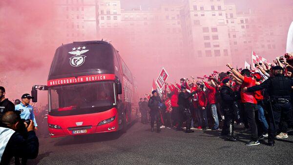 Автобус португальской Бенфики