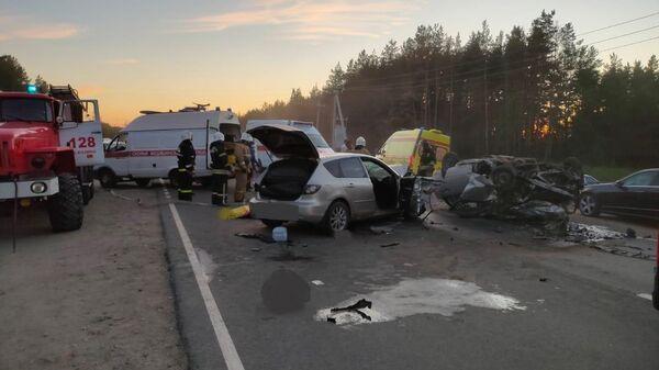 Последствия ДТП на 21-м километре трассы Шопша — Иваново — Нижний Новгород в Балахнинском районе