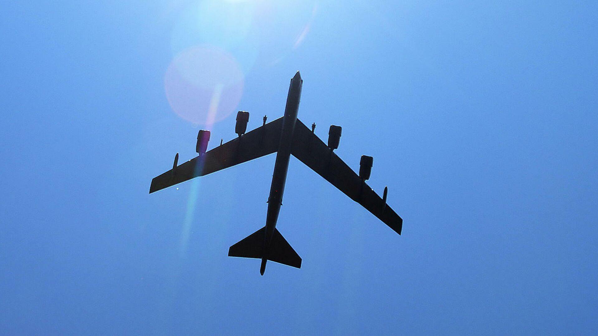 Стратегический американский бомбардировщик Boeing B-52 Stratofortress - РИА Новости, 1920, 17.09.2020