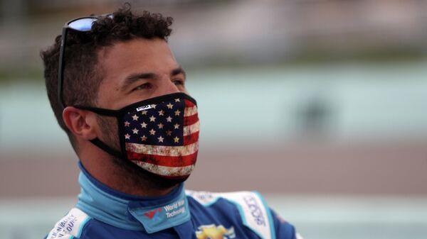 Гонщик (NASCAR) Бубба Уоллес