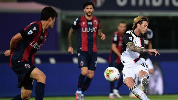 Игровой момент матча Ювентус - Болонья