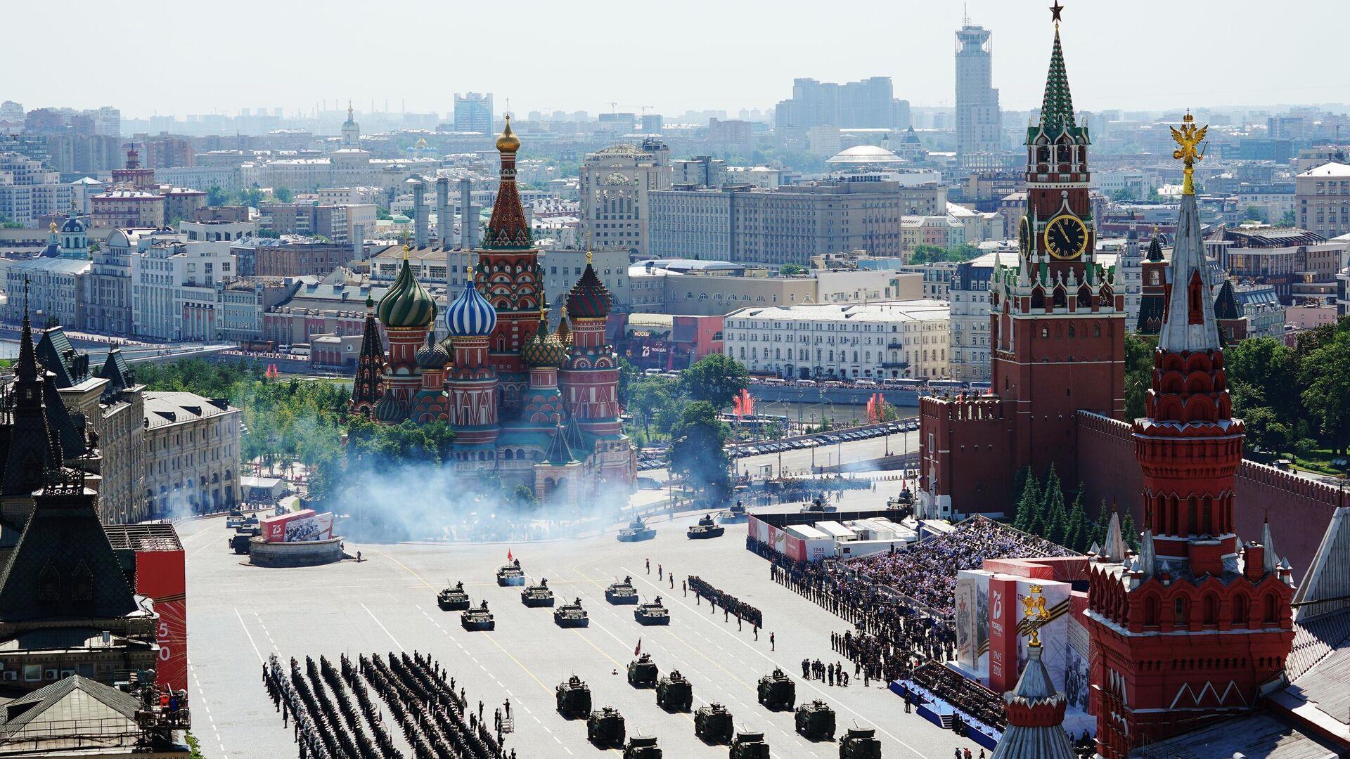 Военный парад в ознаменование 75-летия Победы в Великой Отечественной войне 1941-1945 годов на Красной площади в Москве - РИА Новости, 1920, 08.05.2021