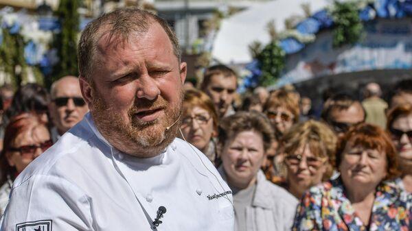 Российский шеф-повар, автор книги Кухня настоящих мужчин, шоумен Константин Ивлев