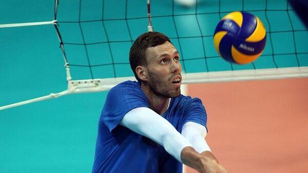 Игрок ВК Динамо Вадим Лихошерстов