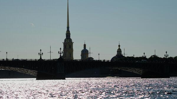 В Петербурге введут новые ограничения из-за COVID-19