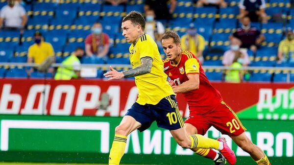 Игрок Ростова Павел Мамаев в матче РПЛ против тульского Арсенала
