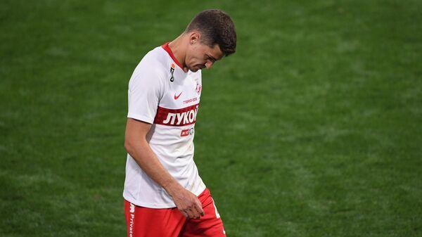 Игрок Спартака Роман Зобнин, заработавший удаление на 77-й минуте матча