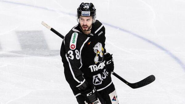Хоккеист Трактора Томаш Гика