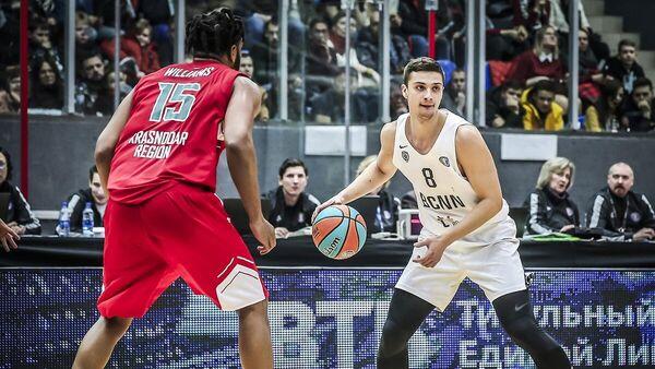 Баскетболист Нижнего Новгорода Антон Астапкович