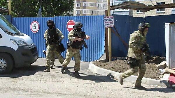 Операция по задержанию сторонников запрещенной в РФ террористической группировки Исламское государство в Ростовской области