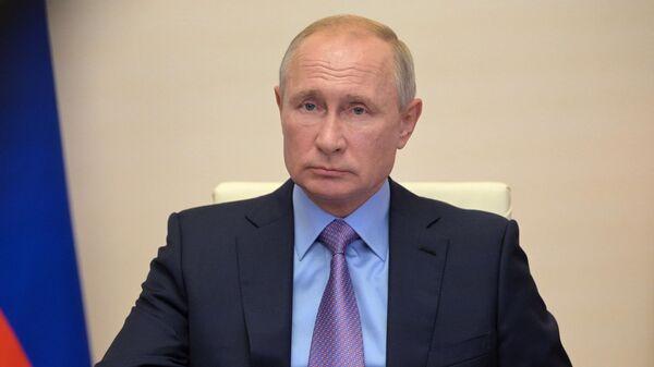 1574443156 0:0:2877:1619 600x0 80 0 0 c436df2019535fac2e2570d43aefa96b - Путин перенес Петербургский международный юридический форум