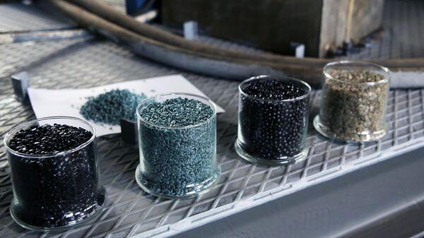 Готовый продукт переработки отходов полимеров и пластика