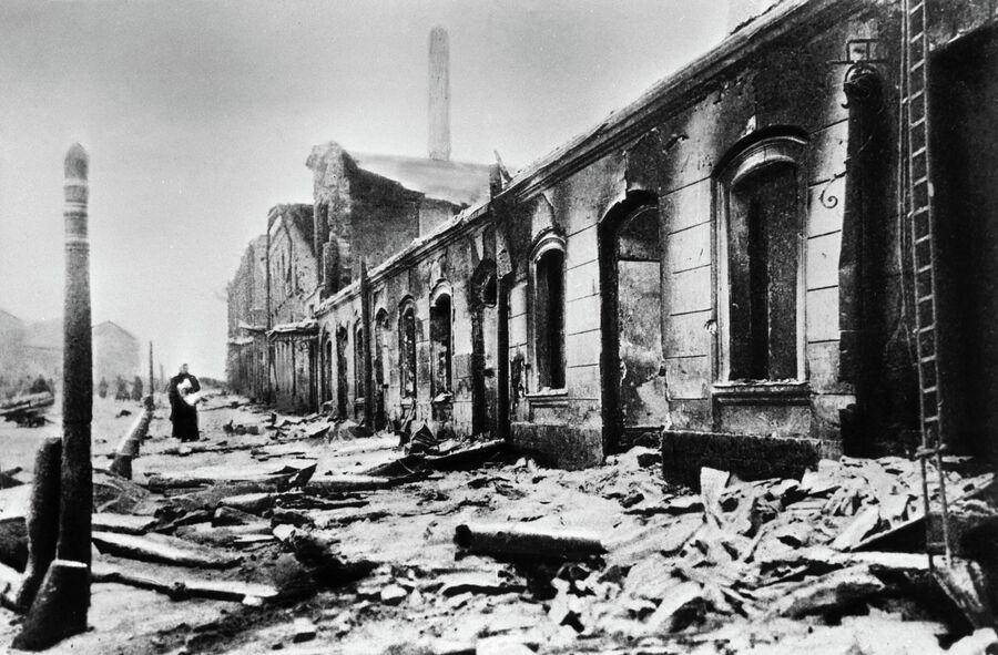 Вид окраины Москвы - Пресни после вооруженного восстания рабочих в декабре 1905 года.