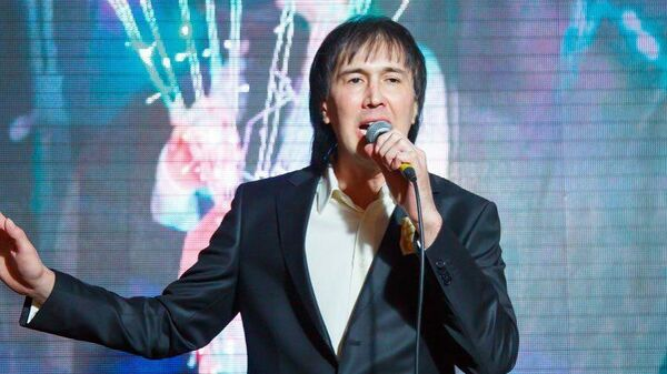Заслуженный артист Узбекистана Руслан Шарипов