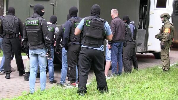 Задержанных в Белоруссии россиян заключили под стражу