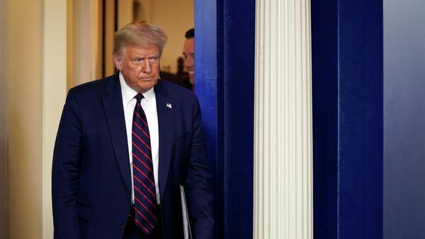 """""""Приходится туго"""": Трамп рассказал о болезни брата"""