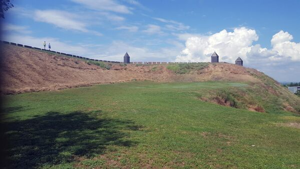 Крепостной вал в Азове