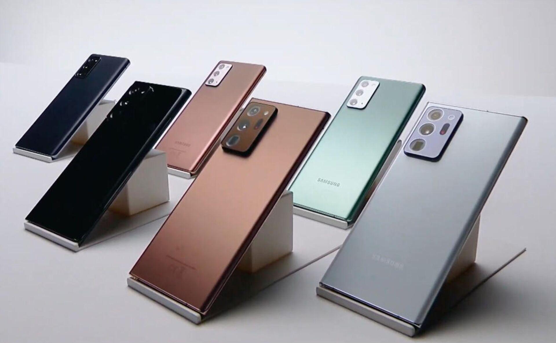 Смартфоны Samsung Galaxy Note20 и Galaxy Note20 Ultra - РИА Новости, 1920, 26.09.2020