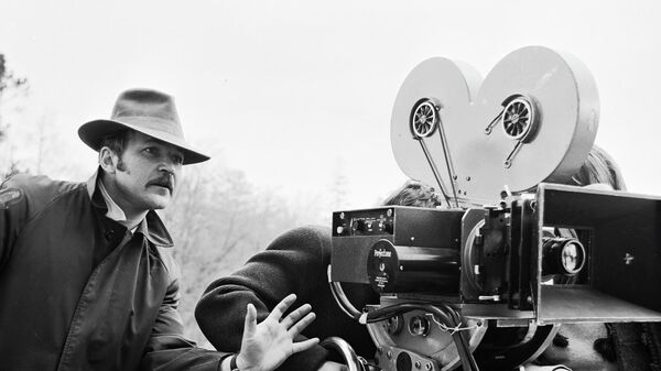 Кинорежиссер Николай Губенко на съемках фильма Подранки.