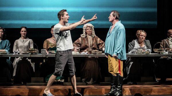 Сцена из спектакля Страсти по Фоме