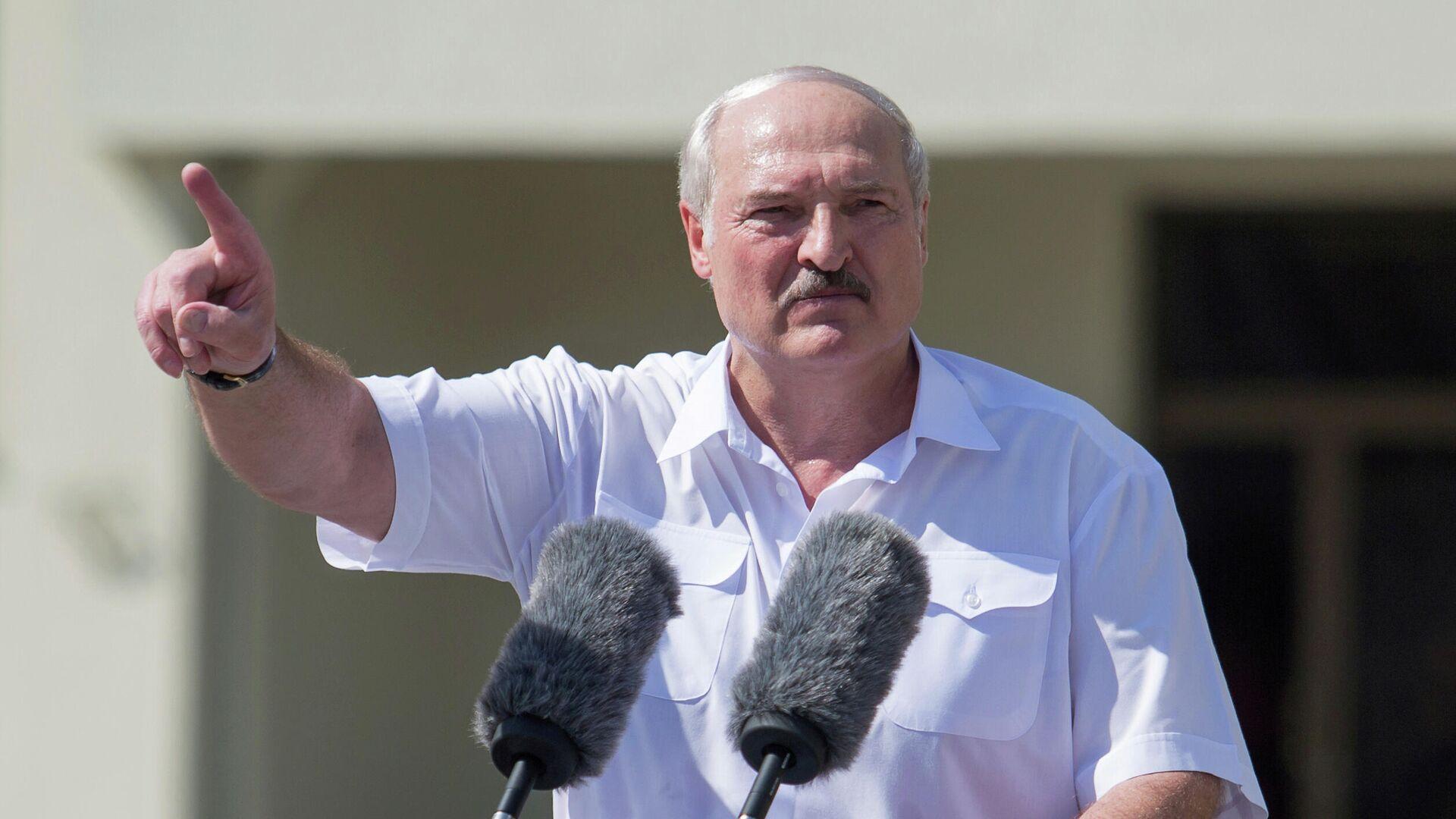 Президент Белоруссии Александр Лукашенко во время выступления в Минске - РИА Новости, 1920, 09.09.2020