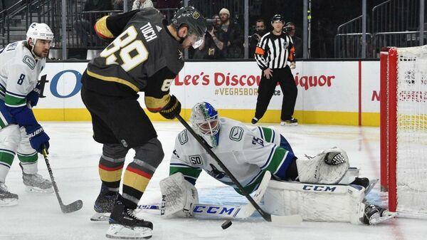 Матч НХЛ между командами Вегас Голден Найтс и Ванкувер Кэнакс