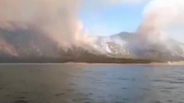 Кадры пожара под Анапой в районе Малого Утриша