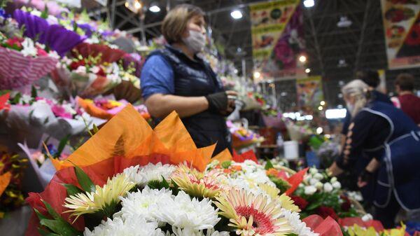 Продажа цветов накануне 1 сентября