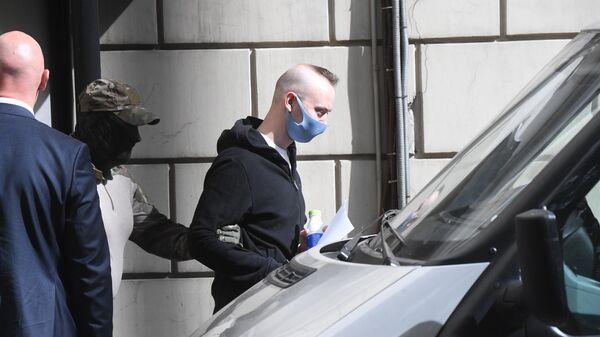 Иван Сафронов после заседания Лефортовского районного суда города Москвы