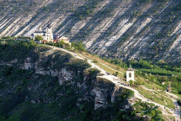 Оргеев монастырь (Орхей) в Молдавии