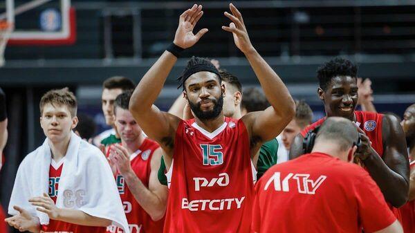 Игроки БК Локомотив-Кубань