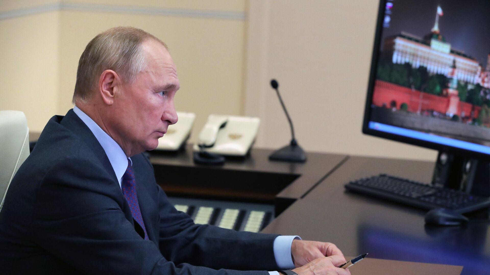 LIVE: Путин проводит совещание по экономическим вопросам в режиме видеоконференции - РИА Новости, 1920, 10.09.2020