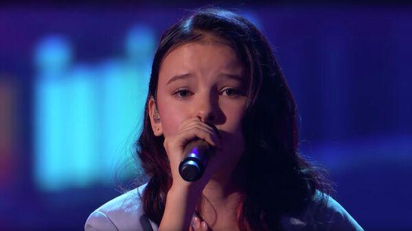 Выступление Данэлии Тулешовой на шоу Америка ищет таланты