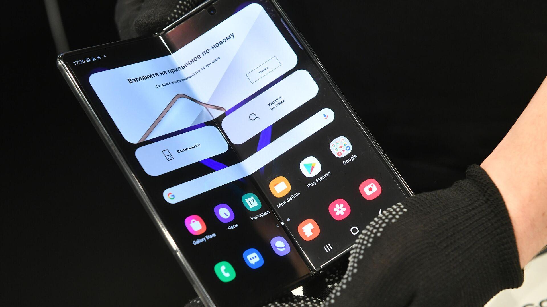 Samsung покажет полностью беспроводные наушники Galaxy Buds2