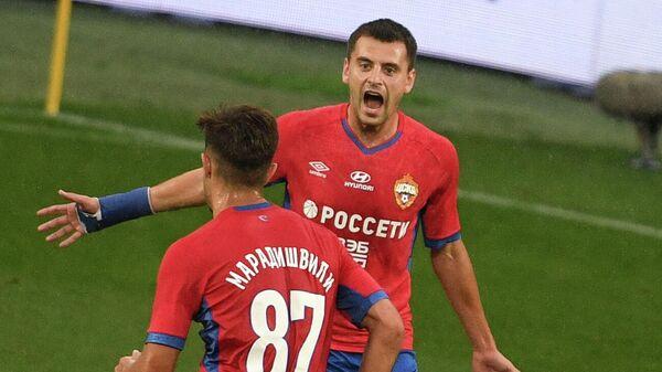 Игроки ЦСКА Георгий Щенников и Константин Марадишвили