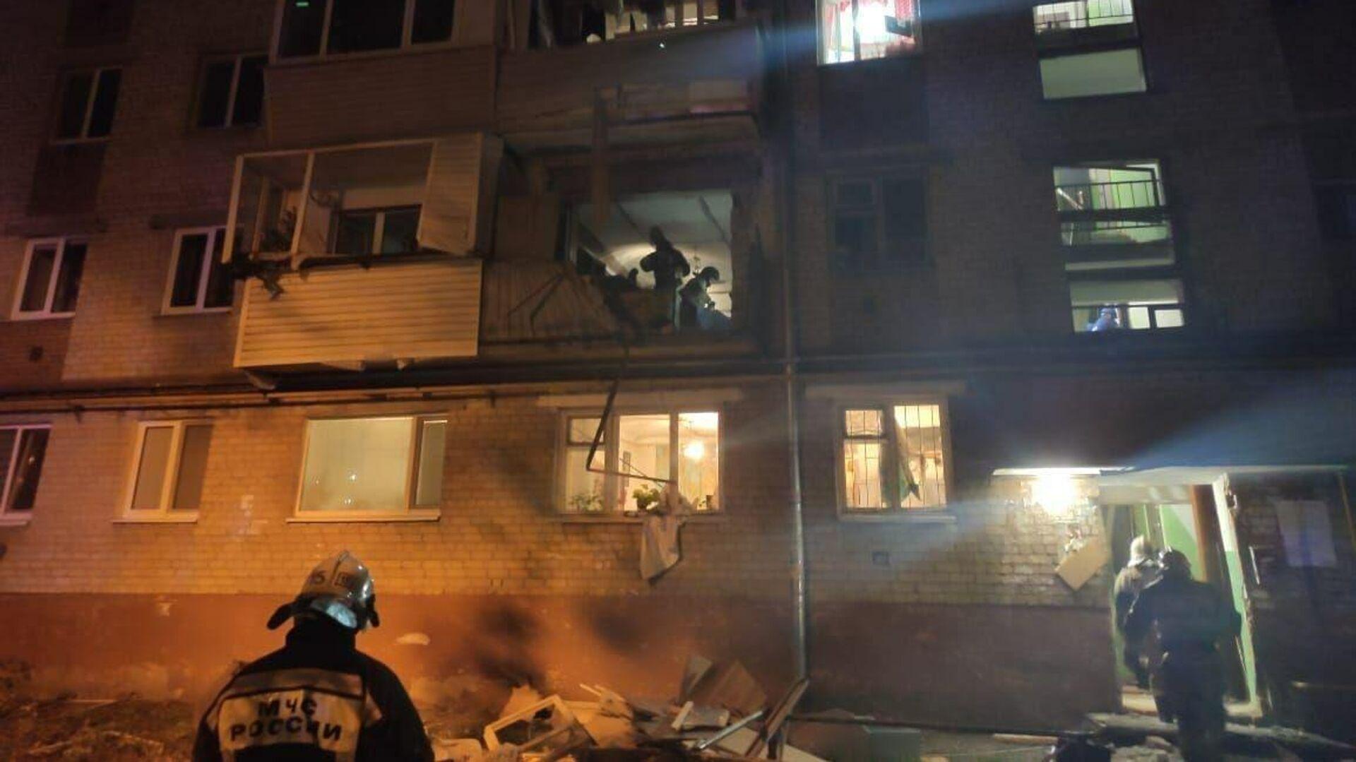Взрыв газа в жилом пятиэтажном доме в Тюмени - РИА Новости, 1920, 20.09.2020