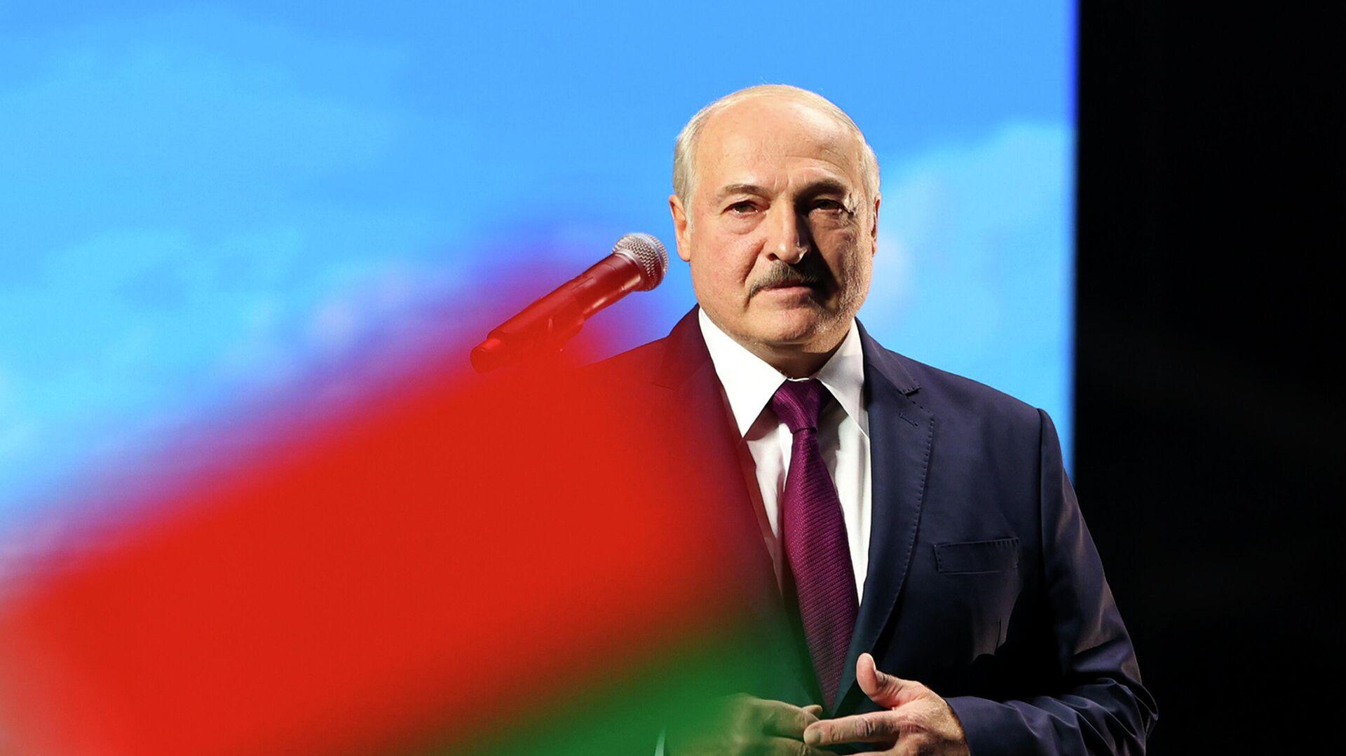 Президент Белоруссии Александр Лукашенко во время выступления в Минске - РИА Новости, 1920, 23.09.2020